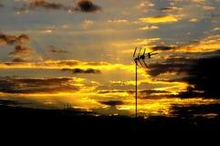 在日落的色的云彩 免版税图库摄影