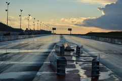 在日落的跑道 库存图片