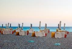 在日落的都市海滩 Lindos 希腊 免版税库存图片