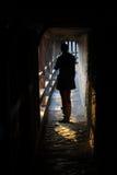 在日落的里面中世纪镇墙壁 库存照片