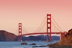 在日落的金门桥 免版税库存照片
