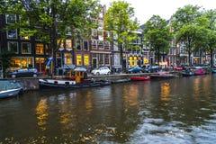 在日落的阿姆斯特丹运河 库存图片