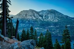 在日落的雅克什峰顶 库存图片