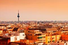 在日落的马德里地平线 免版税库存照片