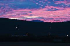 在日落的高速公路 图库摄影