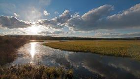 在日落的鹈鹕小河在黄石国家公园在怀俄明 库存照片