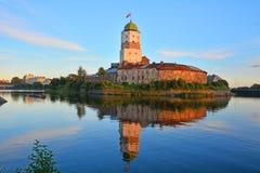 在日落的维堡城堡在维堡,俄罗斯 图库摄影