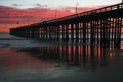 在日落的维特纳码头,维特纳,加利福尼亚,美国 免版税库存照片