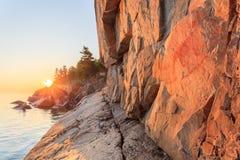 在日落的Agawa岩石 库存照片