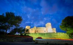 在日落的Bellver城堡在马略卡,广角 库存照片