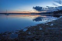 在日落的Binalong海湾,塔斯马尼亚岛 库存照片