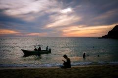 在日落的Playa Carrizalillo 免版税图库摄影