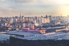 在日落的São保罗风景 免版税库存图片