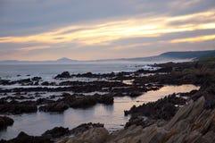 在日落的Seaview海岸线在伊莉莎白港 免版税库存图片