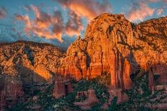 在日落的Sedona峡谷 免版税库存照片