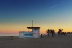 在日落纳莫纳,法国的海滩 图库摄影