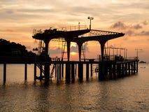 在日落,圣诞岛,澳大利亚的码头 库存图片