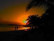 在日落,多米尼加共和国的Boca奇卡海滩 图库摄影