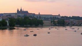 在日落,捷克共和国, 4k的布拉格视图 股票视频