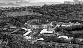 在日落,迈阿密-佛罗里达的Crandon公园鸟瞰图-美国 免版税库存图片