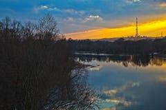 在日落以后在春天 免版税图库摄影