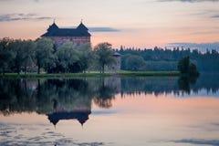 在日落以后的城堡 库存照片