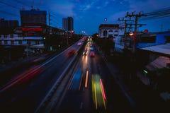 在日落以后的街道 库存照片