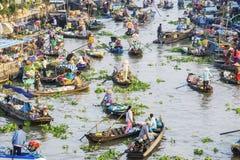 在旧历新年的Nga Nam浮动市场 免版税图库摄影