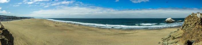 在旧金山附近的海滩 免版税库存图片