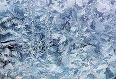 在早晨玻璃的水晶白色霜样式 库存照片