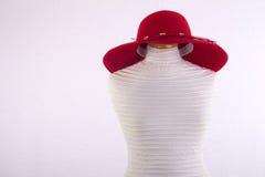 在时装模特的夏天帽子 免版税库存照片