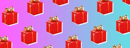 在时髦背景的红色礼物盒 库存图片
