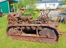 在显示的一台古色古香的推土机在一个室外博物馆在北加拿大 免版税图库摄影