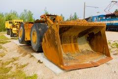 在显示的一台老推土机在萨斯喀彻温省 免版税库存照片