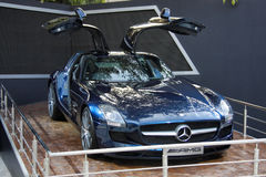 在显示的一辆开放豪华汽车 免版税库存照片