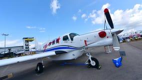 在显示的和平的航空P-750 Xstrol唯一涡轮螺旋桨发动机飞机 图库摄影