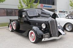 在显示的福特提取1937年 免版税库存照片