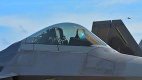 在显示的美国空军洛克西德・马丁F22猛禽在新加坡Airshow 免版税库存照片