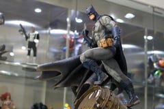 在显示的蝙蝠侠形象模型在M咖啡馆 库存照片