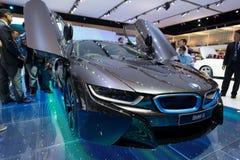 在显示的BMW i8杂种生产汽车 免版税库存图片