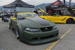 在显示的Ford Mustang敞篷车 库存照片