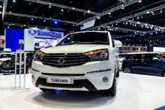 在显示的SsangYong Turismo在第37个曼谷国际汽车展示会 免版税图库摄影