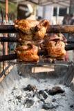 在显示街道食物店的烤鸡泰国样式在thaila 库存图片