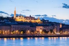 在晚上在布达佩斯匈牙利 免版税库存图片