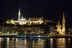 在晚上在布达佩斯匈牙利 库存图片