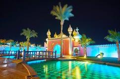 在晚上庭院, Sharm El谢赫,埃及里放松 库存照片