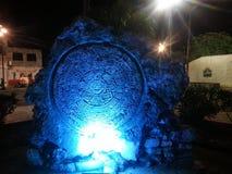 在晚上被照亮的玛雅废墟 库存图片
