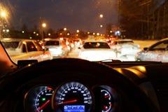 在晚上驾驶 库存照片