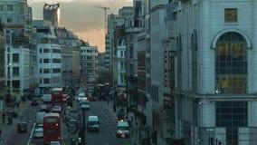 在晚上,地层,伦敦交易 股票录像