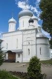 在普列谢耶沃湖附近的Nikitsky修道院 免版税库存图片